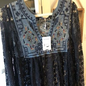 Free people lace bohemian shirt (navy) size M